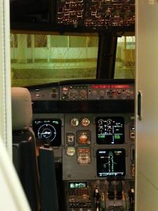 cockpit-64384_640